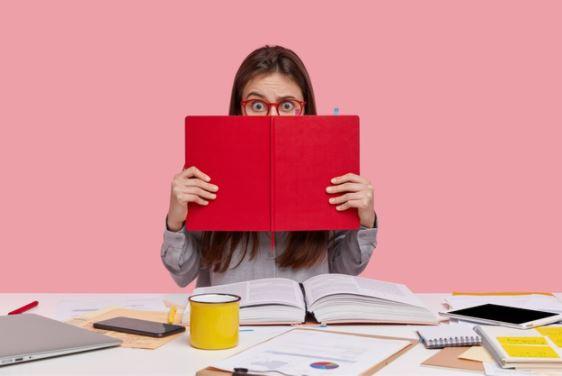 Jou kind se huiswerk: Moet jy ingryp of nie?